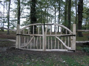 Curved chestnut double gates