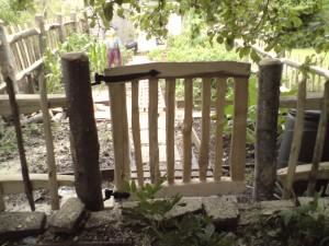 Chestnut gate