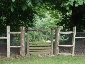 Chestnut pedestrian gate
