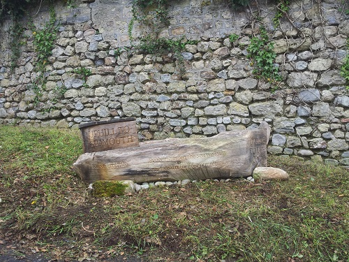 Boat bench carved oak sculpture
