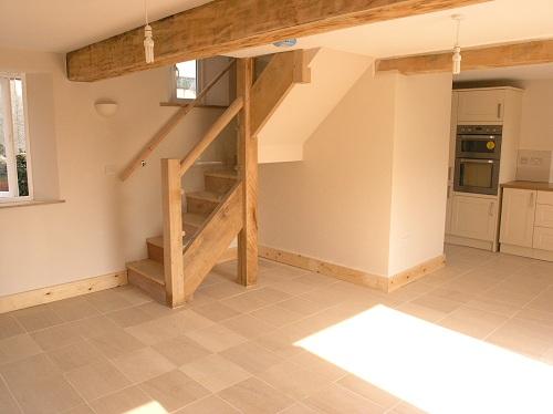 Chestnut staircase with chestnut beam 1