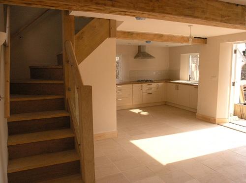 Chestnut staircase with chestnut beam 2