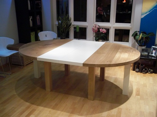 Circular oak table double leaf