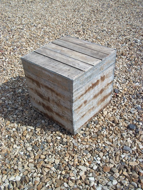Pallet and galvanised block