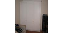 Shaker panel wardrobe