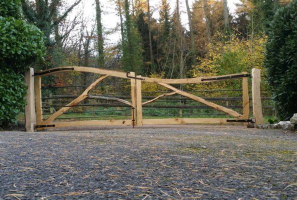 Ed Brooks Sweet Chestnut forked entrance gate