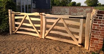 Split chestnut entrance gates