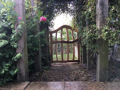 oak-chestnut-arched-garden-gate-2