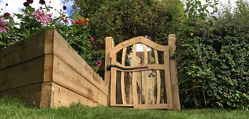 oak-chestnut-arched-garden-gate